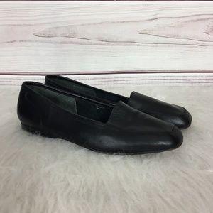 Enzio Angiolini Leather Flats
